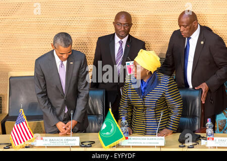 Addis Ababa, Ethiopia. 28th July, 2015. President Obama and Dr. Dlamini Zuma, take their designated seats at the - Stock Photo