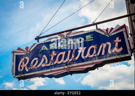 USA, Tennessee, Arcade Restaurant neon sign; Memphis - Stock Photo