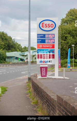 Chichester, West Sussex, UK. 29th July, 2015. Motorists that fill up with diesel are in for a bonus at the moment - Stock Photo
