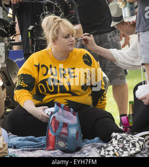 Rebel wilson on location for how to be single film shoot on location with how to be single featuring rebel wilson where new york ccuart Images