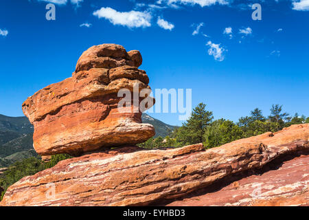Balanced Rock in the Garden of the Gods National Natural Landmark near Colorado springs, Colorado, USA. - Stock Photo