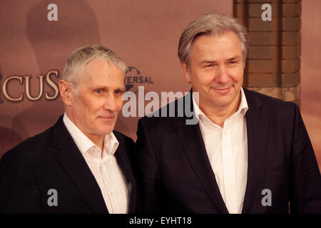 Joern Kubicki, Klaus Wowereit - Premiere des Spielfilms 'Der Medicus' ('The Physician'), Zoo Palast, 16. Dezember - Stock Photo