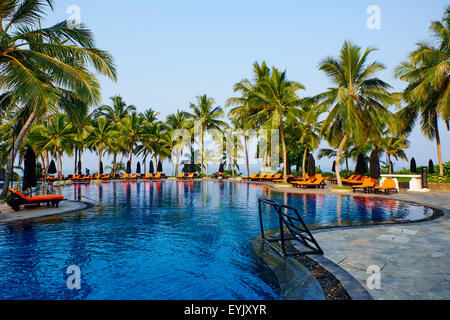 Sri Lanka, West Coast, Bentota, swimming pool of Vivanta by Taj Hotel - Stock Photo