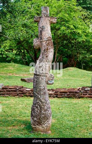 Sri Lanka, Ceylon, North Central Province, ancient city of Polonnaruwa, UNESCO World Heritage Site, quadrangle - Stock Photo