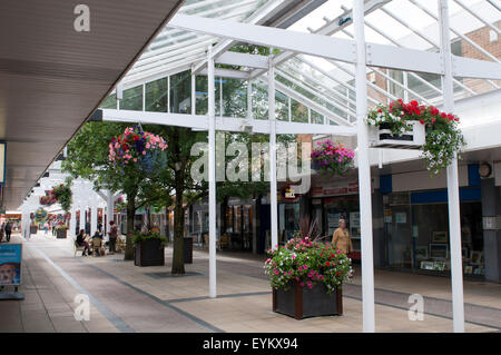 Yate Shopping Centre, Yate, Gloucestershire, England, UK - Stock Photo