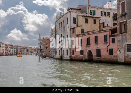 Am Canale Grande in Venedig - Stock Photo