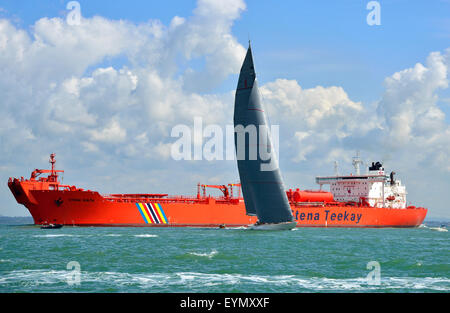 Cowes, Isle of Wight, UK. 31 July, 2015. The J-Class yacht Ranger (Caymans) racing across the Solent in the final - Stock Photo