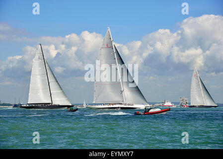 Cowes, Isle of Wight, UK. 31 July, 2015. The three J-Class yachts race across the Solent on the final day of racing - Stock Photo