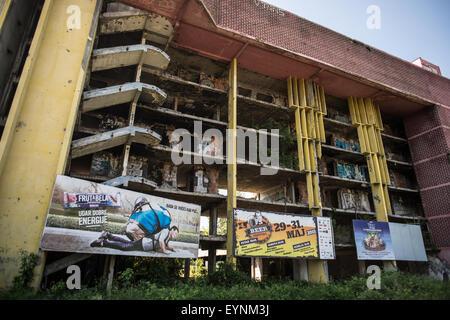 1992-95 civil war destroyed buildings, Sarajevo, Bosnia and Erzegovina - Stock Photo