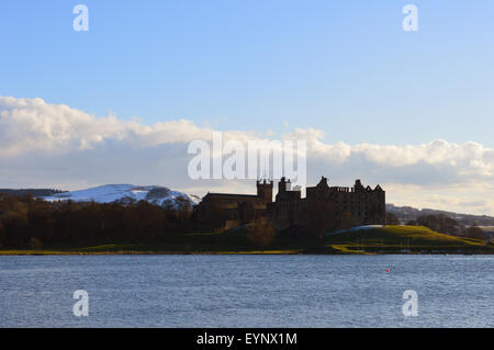 Linlithgow Palace and Linlithgow Loch - Stock Photo
