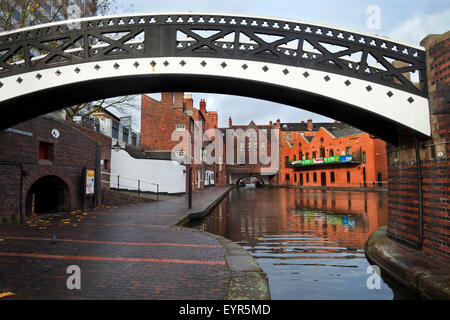 The Bar Lock Footbridge at the Gas Street Canal Basin, And the Birmingham-Worcester Canal Tunnel under Broad Street, - Stock Photo