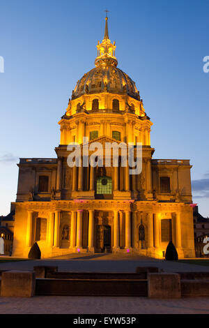 Les Invalides in Paris, France, at dusk. - Stock Photo