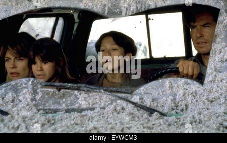 Dante's Peak ; Year : 1997 USA ; Director : Roger Donaldson ; Pierce Brosnan, Linda Hamilton, Jamie Renée Smith, - Stock Photo