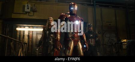 Avengers : Age of Ultron ; Year : 2015 USA ; Director : Joss Whedon ; Chris Hemsworth, Chris Evans - Stock Photo