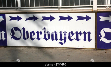 direction sign to Oberbayern party place, Spain, Balearen, Majorca, Platja de Palma - Stock Photo