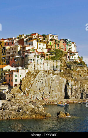 village Manarolo in Liguria, Italy, Liguria, Cinque Terre National Park, Manarolo - Stock Photo