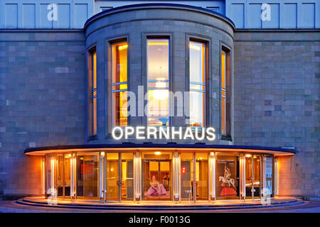 Wuppertal Opera House in Barmen at blue hour, Germany, North Rhine-Westphalia, Bergisches Land, Wuppertal - Stock Photo