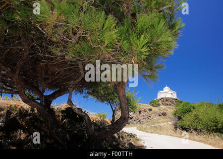 Chapel of Agios Nikolaos (saint nicholas), patron of seamen, on the top of a hill at Myrinas' city port. Lemnos - Stock Photo