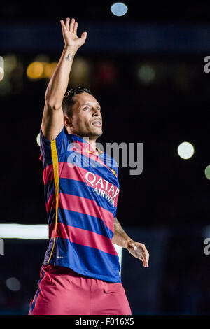 Barcelona, Catalonia, Spain. 5th Aug, 2015. FC Barcelona's defender ADRIANO is presented to the fans ahead of the - Stock Photo