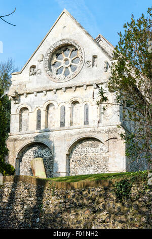 England, Barfrestone. Norman carvings. St Nicholas church. south-east view showing Norman wheel window - Stock Photo