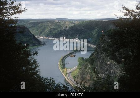 Germany - Rhineland-Palatinate - Rhine Valley - Rhine river and Loreley Rock, high, sheer cliff - Stock Photo