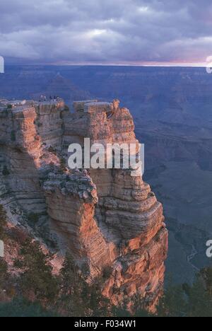 USA, Arizona, Grand Canyon National Park (UNESCO World Heritage List, 1979). Mother Point - Stock Photo