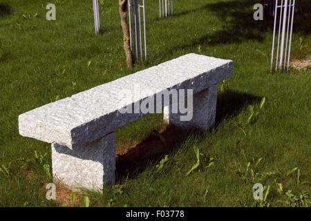 Steinbank, Rustikale, Sitzgelegenheit Stock Photo: 86123452 - Alamy