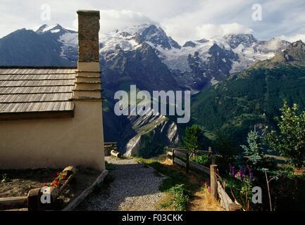 Les Terrasses in the surroundings of the village of La Grave, Ecrins National Park (Parc national des Ecrins), Hautes - Stock Photo