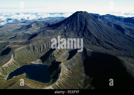 Upper Tama Lake and Mount Ngauruhoe, Central Plateau, Tongariro National Park (UNESCO World Heritage List, 1990), - Stock Photo