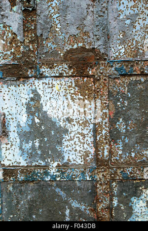 Rusty Door, Mukesh Mill, Mumbai, Maharashtra, India. - Stock Photo