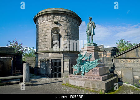 The tomb of David Hume next to the monument to Scottish-Americans who fought in the American Civil War in Old Calton - Stock Photo
