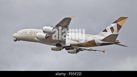 Etihad Airways Airbus a380 A6-APB taking off from London-Heathrow Airport LHR - Stock Photo