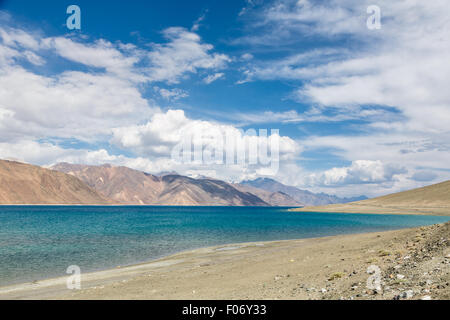 Stunning Pangong lake in Ladakh, India. The lake shares a border with Tibet in China. - Stock Photo