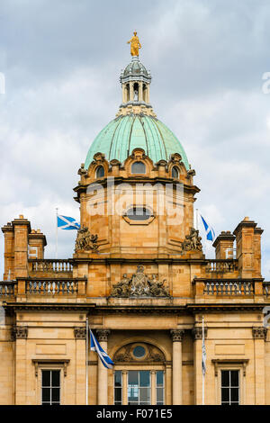 Detail of the architecture on the headquarters of the Bank of Scotland, The Mound, Edinburgh, Scotland, UK - Stock Photo