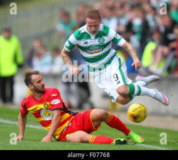 Glasgow, Scotland. 09th Aug, 2015. Ladbrokes Scottish Premiership. Partick Thistle versus Celtic. Leigh Griffiths - Stock Photo