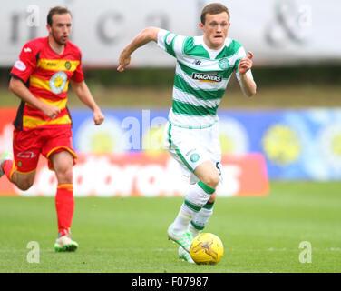 Glasgow, Scotland. 09th Aug, 2015. Ladbrokes Scottish Premiership. Partick Thistle versus Celtic. Liam Henderson - Stock Photo