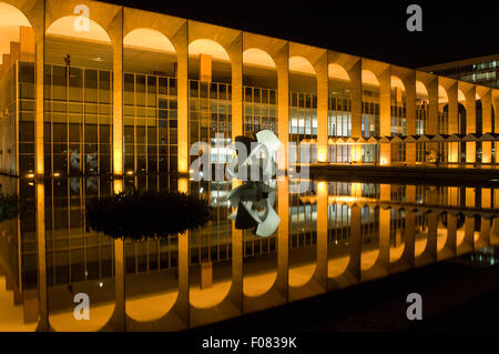Brasilia, DF, Brazil. Palácio do Itamaraty (Ministry of Foreign Relations, Itamaraty Palace) at night with reflection - Stock Photo