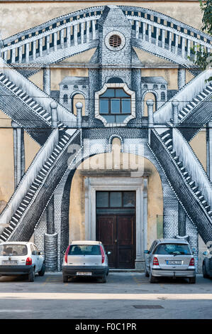 Vodnjan (Dignano), Istria, Croatia. Many buildings have had elaborate murals painted on their facades - Stock Photo