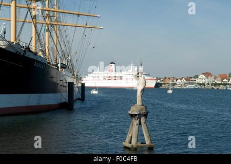 MS DEUTSCHLAND, Traumschiff, Kreuzfahrtschiff, - Stock Photo