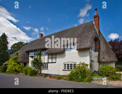 Thatched Cottage, Wherwell, Hampshire, England - Stock Photo