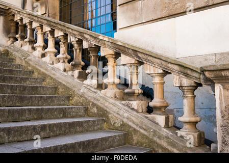 London Southbank Greenwich University Painted Hall built Sir Christopher Wren & Nicholas Hawksmoor stone neo classic - Stock Photo