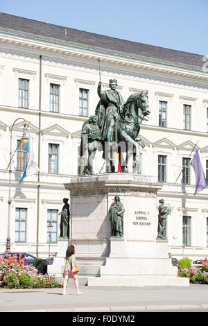 MUNICH, GERMANY - AUGUST 3: Tourists at the Monument of King Ludwig I in Munich, Germany on August 15, 2015. - Stock Photo