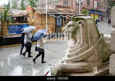 Nottingham, UK.14th August, 2015. Rain continues to fall since the early hours of Friday morning across East Midlands - Stock Photo
