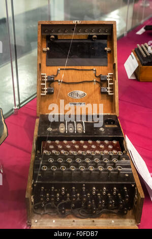 Naval M1 Enigma machine M897, the 3 rotor variant, in the museum at Bletchley Park, Buckinghamshire, England, UK - Stock Photo