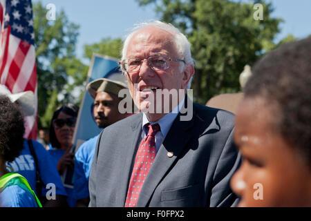 US Senator Bernie Sanders (I-VT) waking with crowd - Washington, DC USA - Stock Photo