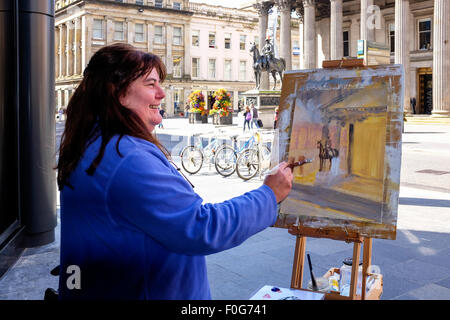 Glasgow, Scotland, UK. 15th Aug, 2015. Almost 150 artists came to Glasgow to take part in the 'Rapid Painter' art - Stock Photo