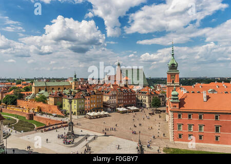 The Palace Square with Sigismunds Column  and the Royal Castle, Warsaw, Masovian, Poland, Europe