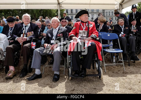 London, UK. 15th Aug, 2015. Veterans attends the THE NATIONAL COMMEMORATION AND DRUMHEAD SERVICE on 15/08/2015 at HORSE GUARDS PARADE, London. Picture by Credit:  Julie Edwards/Alamy Live News Stock Photo