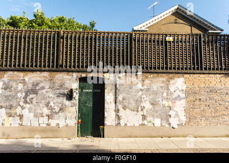 Garden Lodge, Freddie Mercury's last home, now owned by Mary Austin. The wall covered in graffiti and messages from - Stock Photo