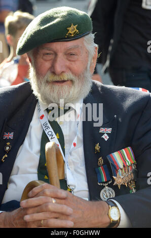 London, UK. 15th Aug, 2015. Ray Lewis Navy, Far East WW2 Veteran, leaving VJ Day 70th Anniversary reception at Deans Yard Westminster Abbey Credit:  Prixpics/Alamy Live News Stock Photo